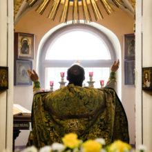 Богослужение на английском и церковно — славянском языках в день памяти апостолов Петра и Павла