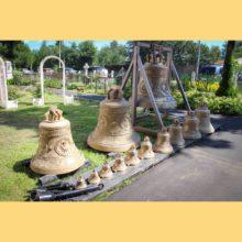 Водружение колоколов на звонницу храма!